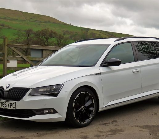 Skoda-Superb-Sportline-Estate-3-1